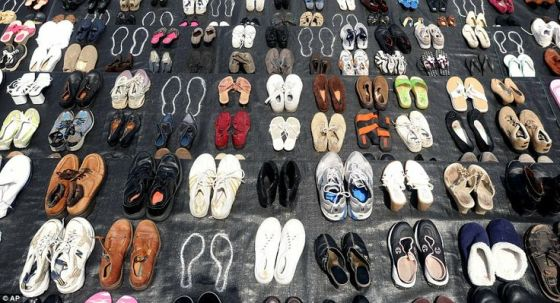 1,558 pairs of shoes to represent those who have jumped to their deaths from Golden Gate Bridge