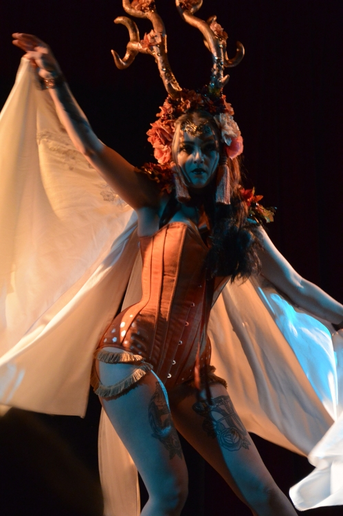Daisy Lovelace, performing at Twisted Cabaret
