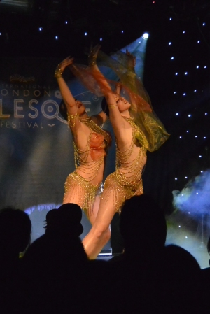 Lunart X and Velena Rossa performing at Mondo Galactica.