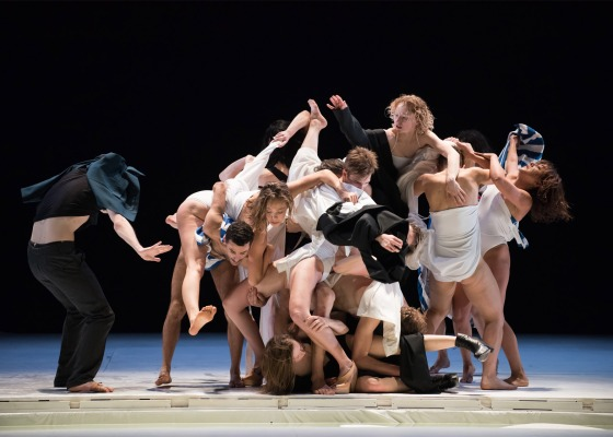 Gravity-Fatigue-ballet_Hussein-Chalayan_dezeen_1568_11